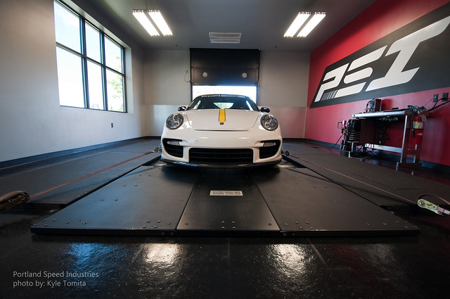 2009 Porsche 997 GT2 on dyno at PSI 1