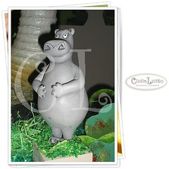 Madagascar - Gloria (Cíntia Leitão - Artesanato e Presentes) Tags: topo de gloria biscuit bolo festa madagascar decoração personagens lembrancinhas infantis