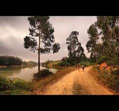 Walking (Fr Antunes) Tags: portugal barragem sao so domingos bernardino peniche atouguia