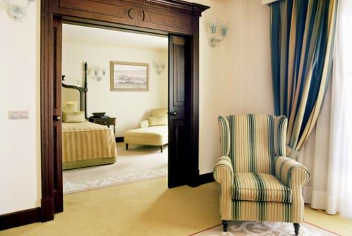 Deluxe Suite - (c) starwoodhotels.com
