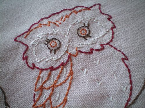 Vintage owl embroidery (left) - close-up
