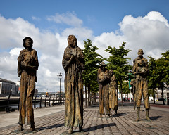 Famine Memorial (Steve-h) Tags: ireland dublin art statues potato tragedy million haunting crops rowan starvation gillespie failed blight sculptor famine deaths customhousequay steveh canonef1635mmf28liiusm canoneos5dmarkii massemigration