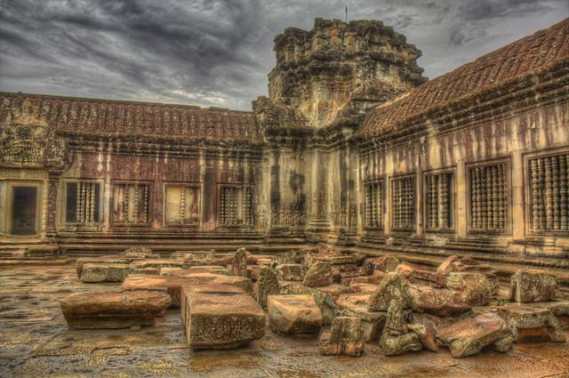 Angkor Wat Interior in HDR