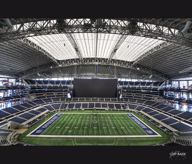Cowboys Stadium 2010 by Cliff_Baise