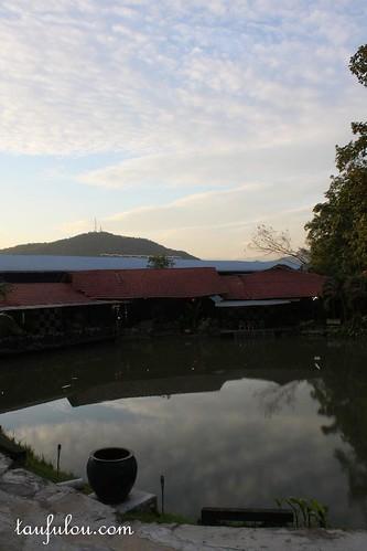 Intai (3)