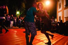 Dancing in the streets.. (Paula Marina) Tags: street party brazil brasil paraty dancing flip rua festa dana funfunfun festaliterriainternacionaldeparaty flip2010 flip8 paulamarina