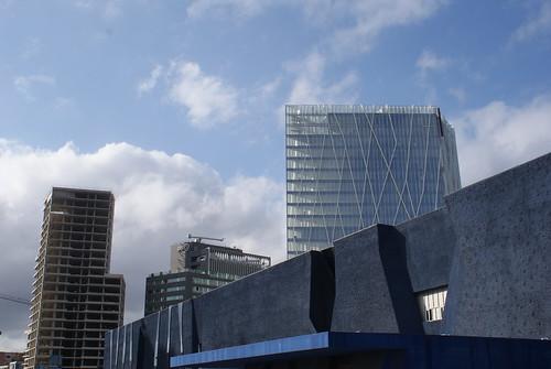 Distrito 22 y nuevo edificio de Movistar.