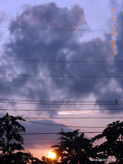 鎮魂の夕陽