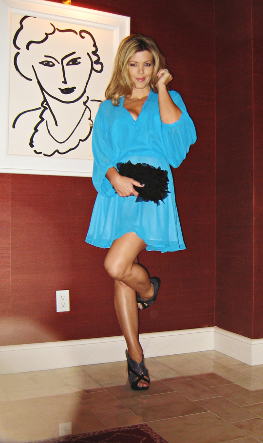 vegas+wynn+matisse+mini dress+kirkwood shoes-hotel room