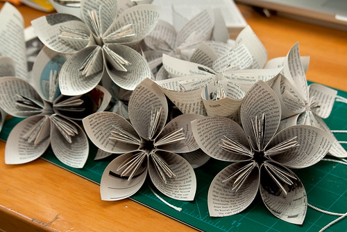 Paper flowers canvas to the imagination mightylinksfo