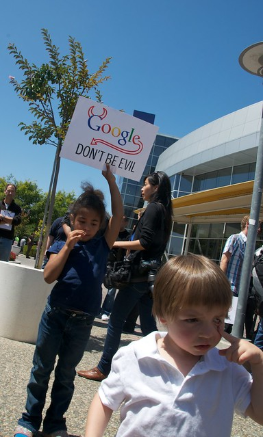 Net Neutrality protest at  Google HQ - GoogleRally 182 by Steve Rhodes