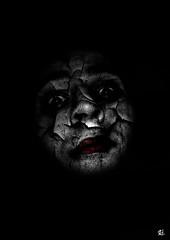 Bad Clown (Romain Donato) Tags: red bw white black dark rouge noir child clown fear bad sombre enfants damaged scare et blanc romain donato terreur mauvais abim rd2010