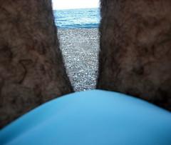 Il mare, il colle e le mie gambe! (giopuo) Tags: sea blu cyan tights azzurro pacco bulge ciano colle