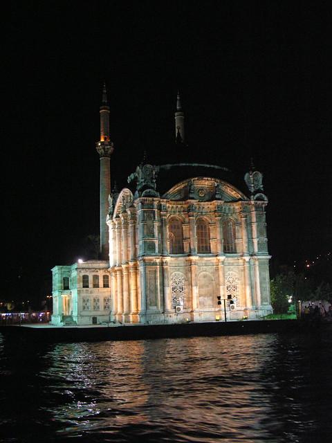4901931195 1e7f265c24 z Boszporus éjszakai hajótúra