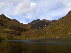 Estany de Sotllo (E.R.R) Tags: espaa naturaleza water lago agua natura catalunya montaa hdr aigua excursi montanya lleida excursin pirineu estany pallarssobir parquenatural parcnatural picadestats estanydesotllo