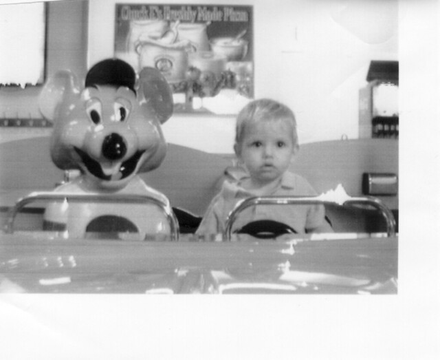 brayden and chuck e cheese