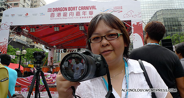 My colleague, Siew Kian, armed with a DSLR
