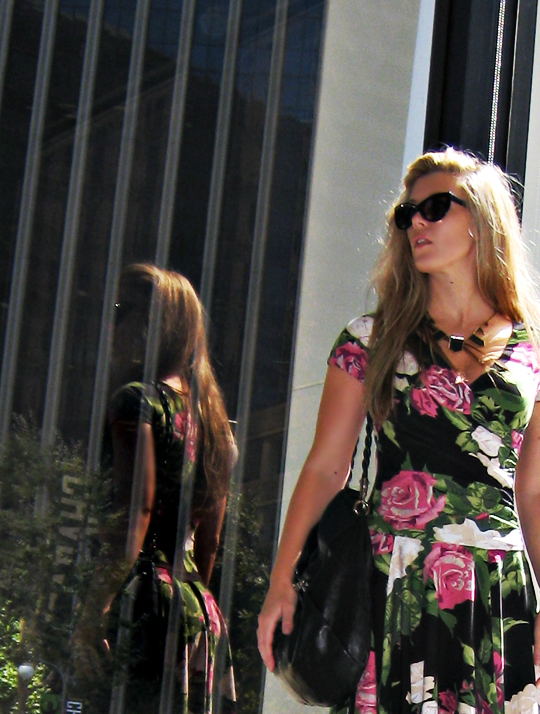 betsey johnson rose dress+tom ford anouk sunglasses