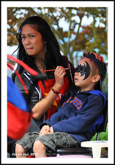 Face Painter and The Kid - PNE N3213e (Harris Hui (in search of light)) Tags: sleeping canada face van