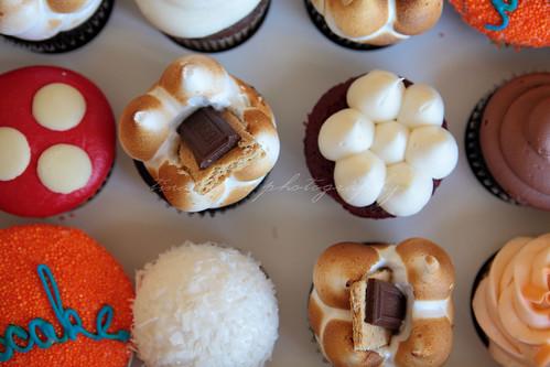 straight on cupcake