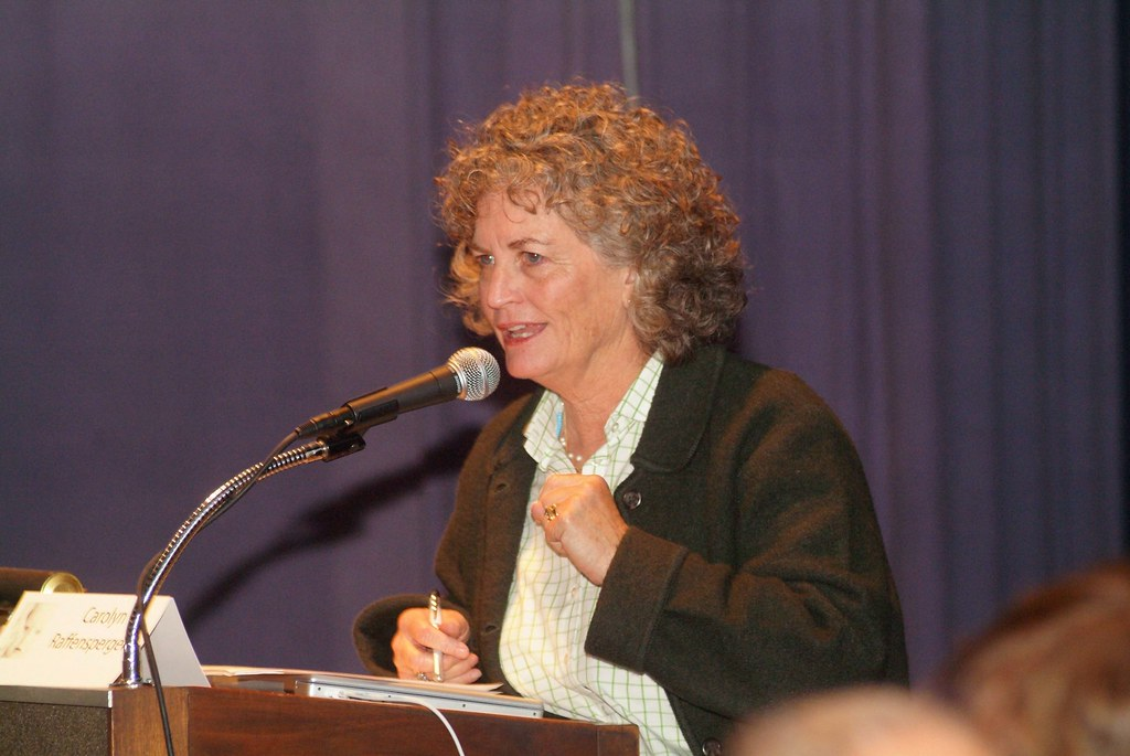 """2009 Symposium """"Making Healthy Babies, Raising Healthy Children: Living Well in a Toxic World"""""""