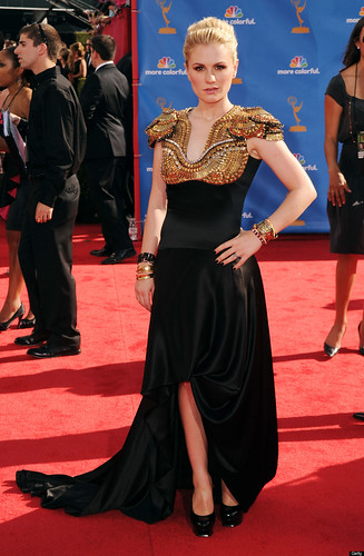 Anna Paquin Emmy red carpet