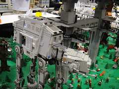 Star Wars Celebration V - Lego diorama - Endor AT-AT and landing platform (Pop Culture Geek) Tags: starwars orlando lego display florida 5 battle celebration v convention fl atat diorama endor landingplatform