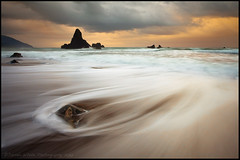 Feel the Pull (Darren White Photography) Tags: oregon sunrise canon landscape seascapes pacificocean pacificnorthwest oregoncoast stormclouds 1740l southernoregoncoast darrenwhite darrenwhitephotography 5dmkii