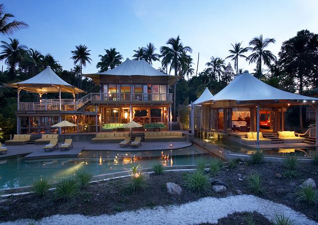 Beach_Residence_exterior