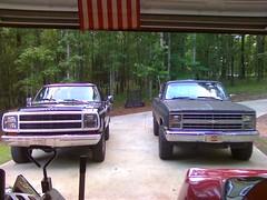 phone pix 8.30.10 010 (stevenbr549) Tags: truck wagon power 4x4 4wd chevy dodge trucks 1980 1985 k10 phonepix83010
