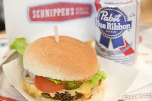 Schnipper's Cheseburger