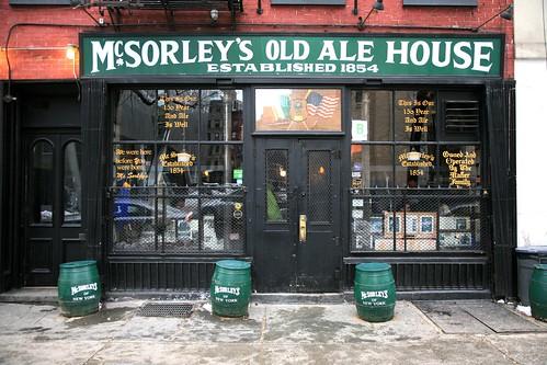 nyc newyorkcity eastvillage ny newyork bar pub manhattan tavern mcsorleys mcsorleysoldalehouse irishtavern historicbar