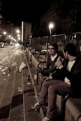 Noches turinesas (Mariano Rupérez) Tags: noche alcohol basura chicos suciedad botellón españoles botellas nocturnidad turín grandas