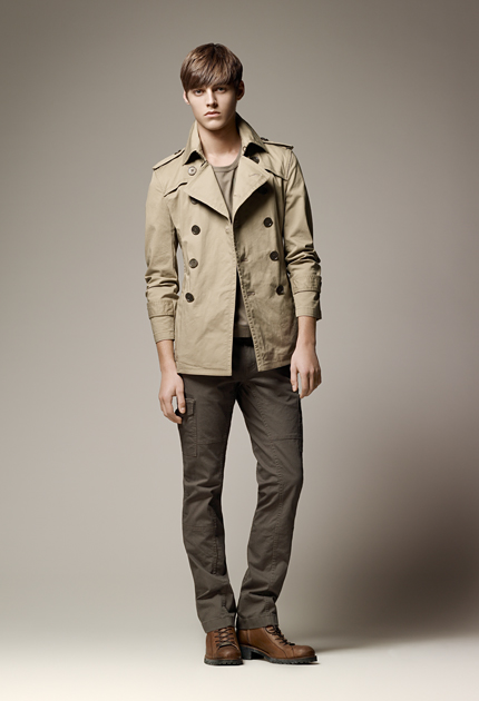 Robbie Wadge0333_Burberry Blue Label SS11