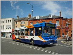 34625, Church Street (Jason 87030) Tags: dart stagecoach churchstreet stop hsbc bank town buildings bus slf pointer dennis 12 monksmoor daventry midlands kx54ooy july 2017