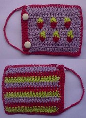 Purse For Car Documents (LauraLRF) Tags: thread crochet strawberries cotton purse hilo fresas algodon frutillas tejido monedero ganchillo monedeiro