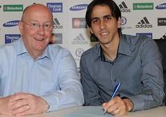 Rival Watch: Chelsea replace Cole with Benayoun, City landYaya