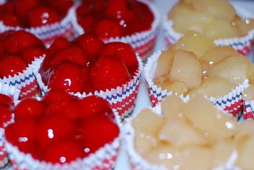Cupcakes & Fruit