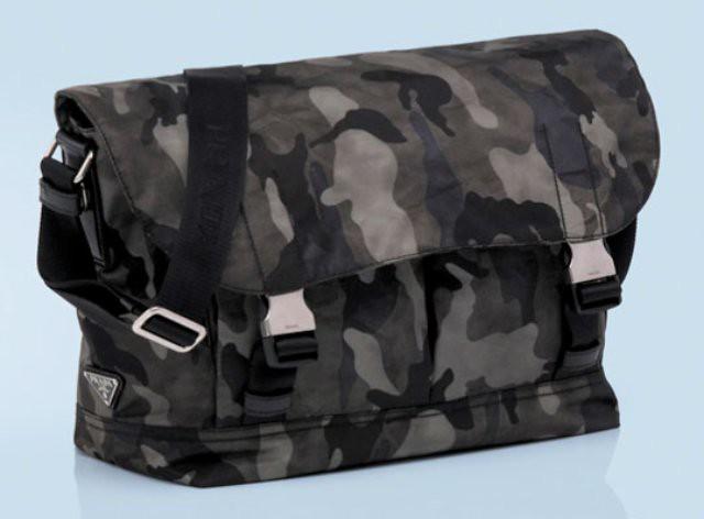 prada-fw2010-camo-messenger-bag