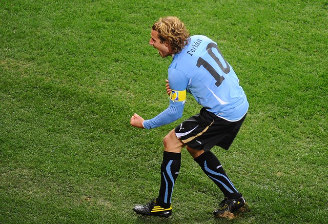 Holland Uruguay World Cup Diego Forlan
