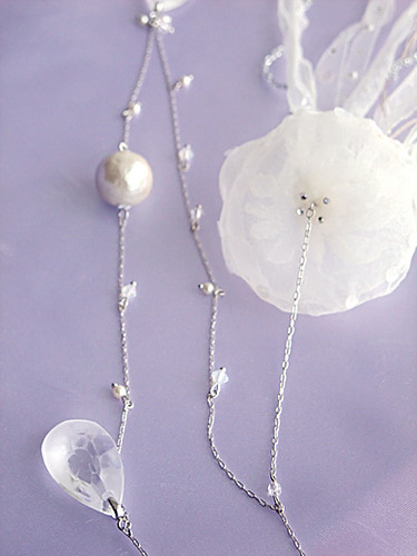 jellyfish necklace detail