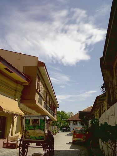 Nice sky at Calle Crisologo, Vigan