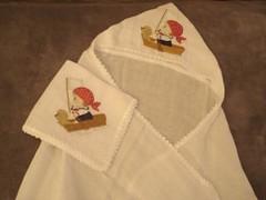Fralda de banho e fraldinha com bordado e croch (BORDADOS NICE E KELLY) Tags: de e com banho bordado croche fralda fraldinha