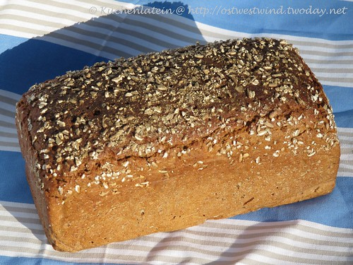 Roggenmischbrot mit Roggenbrühstück und 30% Dinkelvollkornmehl 001