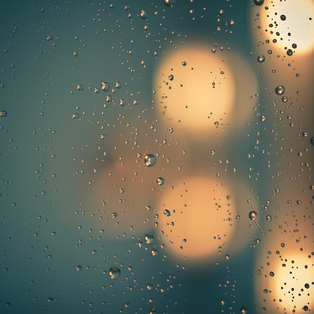 drops & light