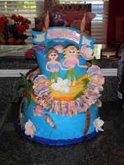 luau (kmm82878) Tags: birthday beach cake hawaii luau sobeautifulbykat customcakesbykatrina