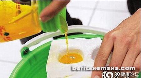 4799196264 1b917969d3 [PENIPU] Telur Ayam Palsu China.