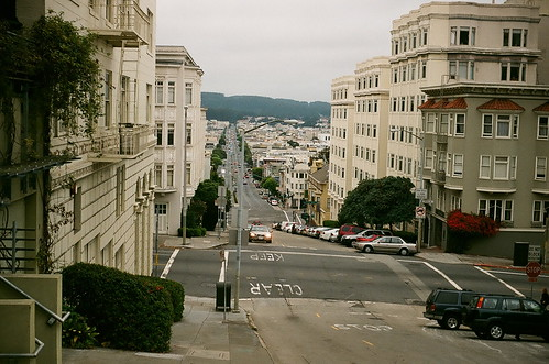 lombard street looking down from russian hill