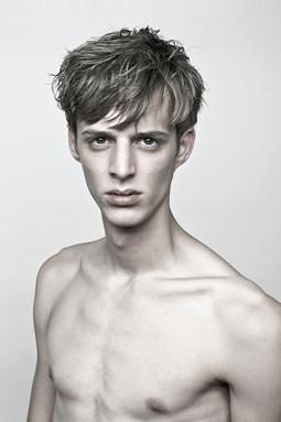 SS11Neil Barrett Portraits0018_Benoni Loos