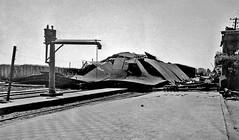 1938 el terremoto de Chillan destruyo el anden (la estacion del tren) Tags: chile de trenes pablo libro tiempo vergara feliu
